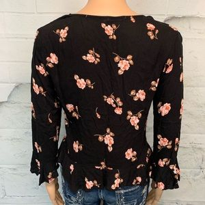 Heart & Hips Tops - Heart & Hips Floral Top